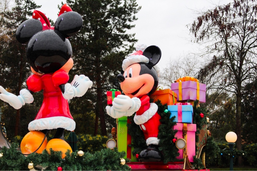 Christmas Time Disneyland Paris